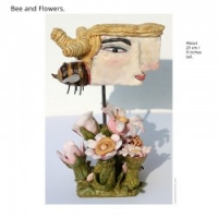 skulptur-bee-and-flowers